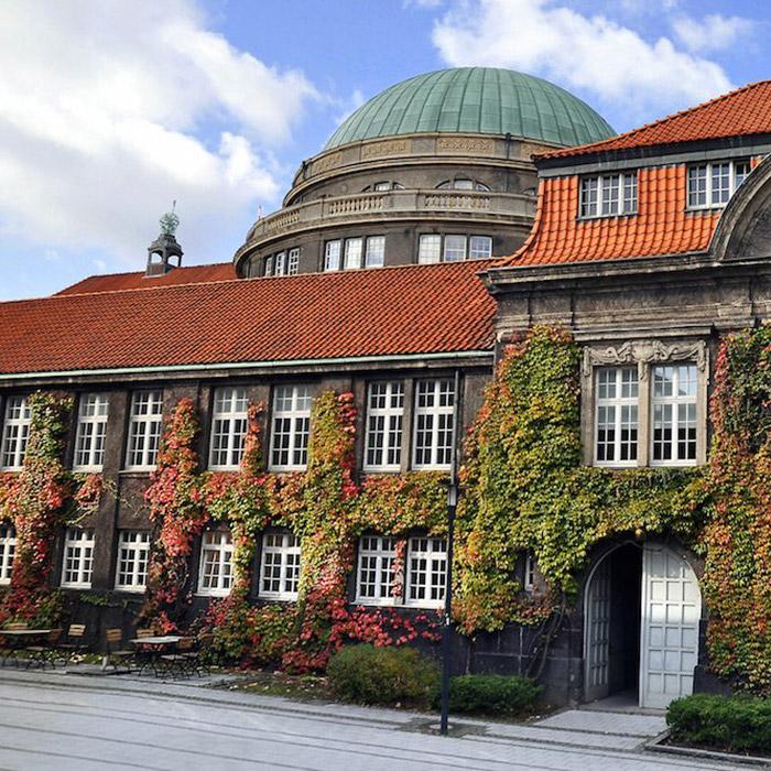 دانشگاه هامبورگ در شمال آلمان، یکی از ده دانشگا برتر آلمان
